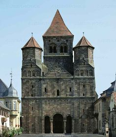 Benedictine abbey church of Marmoutier, Bas-Rhin. Facade, built of red sandstone from the Vosges mountains 12th Century, Open Up, Notre Dame, Barcelona Cathedral, Facade, France, Mountains, Building, Places