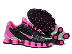 cheaper c0f7b 533fe Nike Shox TLX women black pink