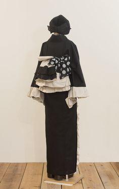 フリルリバーシブル京袋帯(バイカラー) | 着物、浴衣 さく研究所 Kimono Outfit, Kimono Fashion, Lolita Fashion, Fashion Beauty, Fashion Outfits, Womens Fashion, Furisode Kimono, Kimono Fabric, Yukata