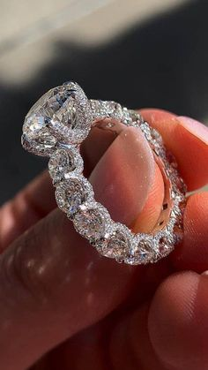 Beautiful Engagement Rings, Beautiful Rings, Elegant Wedding Rings, Cute Jewelry, Jewelry Accessories, Bridal Jewelry, Bridal Jewellery Online, Diy Jewellery, Jewellery Storage