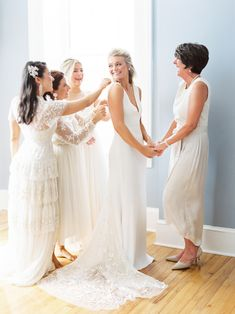 Mother-of-the-Bride Dresses That Wowed at Weddings Wedding Weekend, Wedding Day, Dream Wedding, Wedding Dresses Plus Size, Bride Dresses, Mob Dresses, Wedding First Look, Bride Look, Light Photography