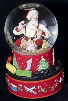 antique christmas snow globe | ... 2001 Hallmark COCA COLA Musical Santa Snow Globe Moving Trains w/ Box
