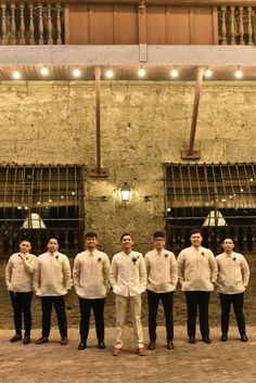 Spectacular Groomsmen Photos Poses Ideas That You Can't Miss Barong Tagalog Wedding, Barong Wedding, Filipiniana Wedding Theme, Filipiniana Dress, Wedding Groom, Wedding Attire, Wedding Suits, Wedding Cake, Wedding Dresses