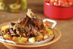 Cook Guru | Cape Verdean Cuisine: Cabrito com Inhame (Lamb with Yam) - 500 gr of yam - 2 middle size tomatoes - 600 gr of lamb - 1 big onion - 3 cloves - 2 garlic cloves - 2 dl of white wine - 1 bay leaf - chili to taste - salt to taste - 1 dl of olive oil
