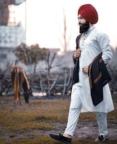 Gur Punjabi Kurta Pajama Men, Punjabi Men, Kurta Men, Designer Suits For Wedding, Wedding Suits, Mens Fashion Suits, Mens Suits, Cute Couple Images, Man Dressing Style