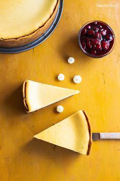 CHEESECAKE DIN BRÂNZĂ DE VACI I Rețetă + Video – Valerie's Food Gem, Healthy Recipes, Healthy Foods, Cheesecake, Candy, English, Sweets, Cheese Cakes, Gemstones