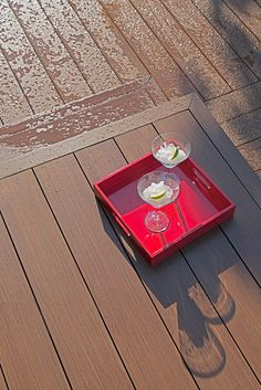 www.idecksystems.com - innovative decking systems and ecofriendly materials! ZERO SCREWS - FAST INSTALLATION - LOW MAINTENANCE. Install the boards just with the pressure of your feet! Check it out!