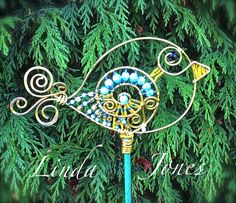 Wire & bead BIRD garden plant stick decoration