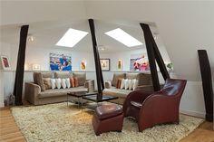 Stijlvolle witte loft met eclectisch interieur - Roomed | roomed.nl