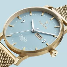 Arctic Klinga with gold mesh strap! The perfect combination of two bestsellers✨what do you think? #triwa