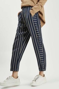 Mensy Stripe Peg Trouser - Topshop These remind me a lot of the trousers from Brandy Melville, but I'm sure this is an alternative and Topshop is pretty consistent on having quality clothes. Mode Outfits, Casual Outfits, Fashion Outfits, Fashion Trends, Casual Pants, Trouser Outfits, Comfy Pants, Fall Outfits, Noora Style
