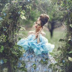 blue Rose - blue Rose photos from my workshop in beautiful Poland:) model Daria  Bronsart Hair Coiffeur Aleksandra Łukaszewicz visage Małgorzata Klonecka Make Up Artist dress Adrianna Ostrowska fashion designer Warsztaty Fotografii Artystycznej: Wiele dróg - Jedna pasja