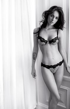 megan fox body I would probably die for