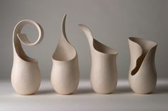 Tina Vlassopulos is a studio potter based in London producing one off hand built ceramics.