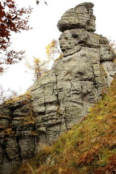 Locul unde Zeii, s-au suparat pe oameni… Ancient Mysteries, Ancient Artifacts, Giants In The Bible, Turism Romania, Nephilim Giants, Rocky Creek, Smell Of Rain, Aliens And Ufos, The Beautiful Country