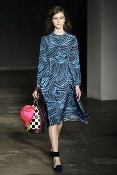 House of Holland RTW Fall 2014 - Slideshow - Runway, Fashion Week, Fashion Shows, Reviews and Fashion Images - WWD.com
