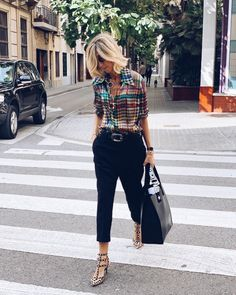 50 style ideas - Style It Up Fashion Over 50, Work Fashion, Spring Fashion, Autumn Fashion, 50 Style, Mode Outfits, Fashion Outfits, Womens Fashion, Ladies Fashion
