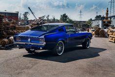Mustang Fastback 1968, Bmw