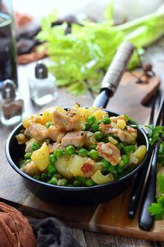 Brassói - Kifőztük Potato Salad, Pork, Potatoes, Ethnic Recipes, Kale Stir Fry, Potato, Pork Chops