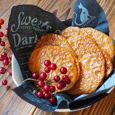 マシュマロで簡単に出来る、煎餅みたいなキャラメル!!  そのまま食べても美味しいし、 アイスやデザートに飾っても良いです!