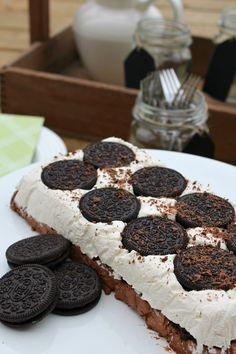 Cookies and Cream Frozen Dessert