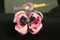 Butterfly layered bow