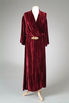 1933 Dressing Gown via The Meadow Brook Hall Historic Costume Collection