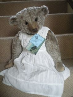 My dear Hannah, a special commission piece made by Barricane Bears