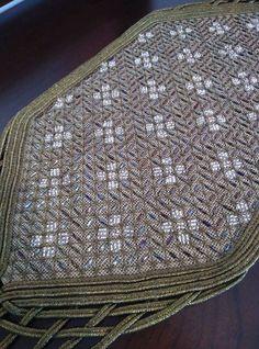 Stitching, Cross Stitch, Rugs, Decor, Costura, Farmhouse Rugs, Punto De Cruz, Decoration, Seed Stitch