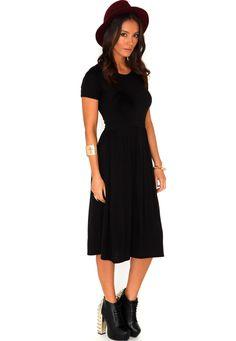 Milena Short Sleeve Midi Skater Dress In Black