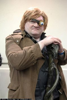 Harry Potter. View more EPIC cosplay at http://pinterest.com/SuburbanFandom/cosplay/...