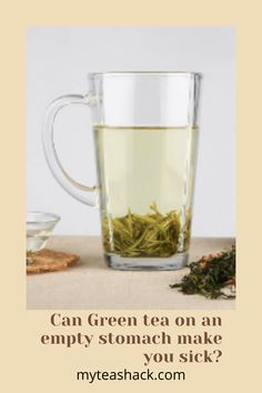 In this post will see how the consumption of green tea on an empty stomach affects your body. Whenever you drink tea on an empty stomach, what you're doing is introducing it into your body the moment your digestive system is most in need of food and has not started the digestive process. Iced Tea Recipes, Digestion Process, Herbal Teas, My Tea, Drinking Tea, Healthy Drinks, Empty, Sick, Herbalism