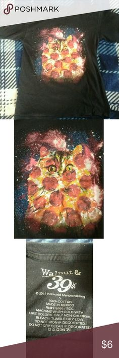 """Galaxy pizza cat Love this shirt I just don't wear it anymore! It has been worn a few times but still in good condition!  Before purchasing please go to my """"read before buying"""" post! Bundle 2 or more items to get a discount! I sometimes offer private discounts when bundling! Hot Topic Tops Tees - Short Sleeve"""