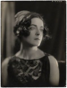 Harriet Cohen by Bertram Park, circa 1920 Royal Academy Of Music, André Kertesz, Sinclair, The Frankenstein, Madame, Girls Be Like, Vintage Hairstyles, Old Hollywood, Vintage Photos