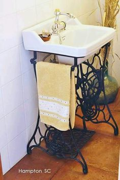 Old Sewing Machines' New Life in Your Interior. Another bathroom example of util., Old Sewing Machines' New Life in Your Interior. Another bathroom example of utilization - Sewing Machine Tables, Treadle Sewing Machines, Antique Sewing Machines, Repurposed Furniture, Diy Furniture, Bathroom Sinks, Bathrooms, Bathroom Interior, Bathroom Ideas