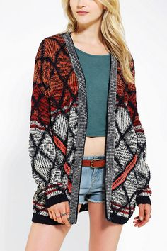 UO Cardigan Staring at Stars Diamond open-front cardigan. In perfect condition Urban Outfitters Sweaters Cardigans Love Fashion, Fashion Beauty, Autumn Fashion, Womens Fashion, Fashion Trends, High Fashion, Casual Outfits, Cute Outfits, New York Girls
