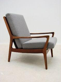 Wrightbilt armchair.