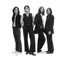 George Harrison, Paul McCartney, John Lennon, and Richard Starkey 'Ringo Starr' - my favourite photo of them The Beatles, Beatles Poster, Beatles Songs, Beatles Cake, Beatles Albums, Beatles Photos, Ringo Starr, George Harrison, Festivals