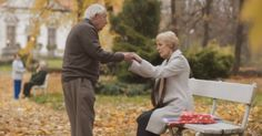 This holiday commercial for Swiss photo album brand iFolor captures the moment a man with dementia opens a thoughtful gift from his wife and is transported back to the time they first met. So sweet! http://on.mash.to/1TkS99V