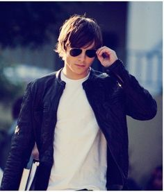 Zack Efron has worn this attractive Leather Jacket in his film 17 Again. No doubt this is real stylish leather Jacket. Available here in much discounted price. 17 Again Movie, Zac Efron 17 Again, Leather Jackets For Sale, Summer Jacket, Attractive Men, Cute Boys, Hot Guys, Celebs, Celebrities