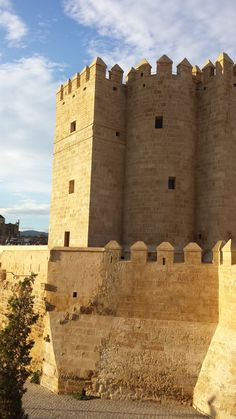 Torre de Calahorra, Córboba. Andalucia, Moorish, Monument Valley, Spain, Castle, Mansions, Stone, Country, Architecture