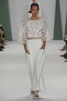 carolina herrera Classic Outfits, Classic Clothes, Carolina Herrera, Spring  2015, Fashion News 6dfd5ae5e1