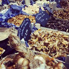 "@hannyschoonderwoerd's photo: ""#markthal #rotterdam"""