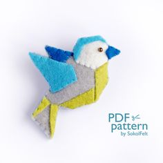 felt birds *** Please note that you will receive a digital file with patterns. No physical items will be sent *** Felt origami bird sewing PDF pattern. This bird has a modern geometric Sewing Basics, Sewing For Beginners, Basic Sewing, Learn Sewing, Christmas Origami, Christmas Toys, Hand Sewing Projects, Sewing Courses, Bird Patterns