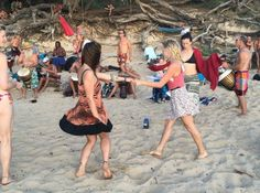 The Beach Bell Blog: Little Beach, Maui- Sun, Bums & Drums @TheBeachBell