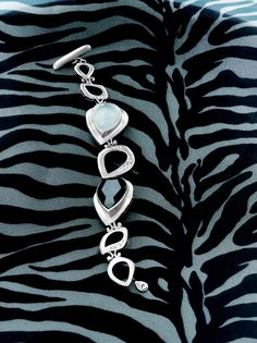 Tuxedo Bracelet  B2713  https://mysilpada.com/sites/linda.lauer/public/content/jewelry/index.jsf