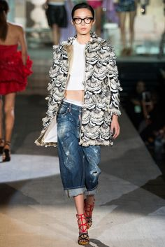 Dsquared2 Spring 2015 Ready-to-Wear Fashion Show - Xiao Wen Ju