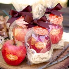 Apple roasting kit perfect for a fall wedding favor.