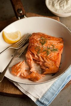 Pan Fried Salmon With Lemony Dill Dressing
