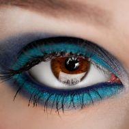 Maquillaje-para-navidad-ojos-brillantes-6.jpg